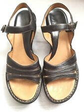 WOMEN'S BLACK  LEATHER SOFFT COMFORT SANDALS WEDGE HEELS SHOES SIZE 9 N