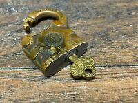 Antique Yale & Towne Brass Lock Padlock w Key ~ Y&T Logo Side Rare Small Size