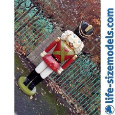 Nutcracker 5ft Indoor Outdoor Traditional Lifesize Christmas Model Prop Gift