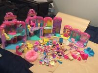 HUGE Melanie's Mall Lot With 10 Dolls figures and LOTS of accessories