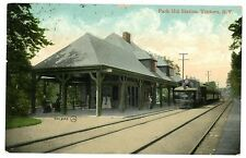 Yonkers NY - PARK HILL RAILROAD STATION & TRAIN - Postcard