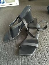 EUC THESE WEDGES ARE SO COMFY - ELASTIC STRAPS - MID WEDGE HEEL-Size 8 (39)
