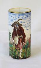 Vase rouleau en faïence de GIEN au décor de gueux et musicien 1866/1875