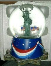 Hallmark Patriotic Waterglobe 4th of July Plays Star Spangled Banner New