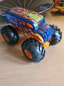 Hot Wheels Monster Truck 1:24 Scale Hotwheels Delivery Truck. New Unboxed