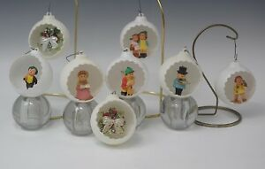 VINTAGE PLASTIC DIORAMA REFLECTOR 8 CHRISTMAS ORNAMENTS HUMMEL CHILDREN CAROLERS