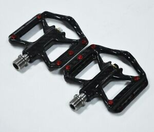 Bike Pedals Ultra Light  Lightweight Carbon Fiber Platform Titanium Axle 172G