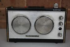 Sanyo Tetrasound 12 Transistor 12X-630 4 Band Radio