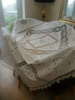 VINTAGE WHITE LINEN COTTON TABLECLOTH 94 83 in 246 218 cm EXQUISITELY PATTERNED