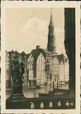 Allemagne, Hambourg, Hamburg, Bürgerhaus mit Catharinenkirche Vintage print, Pho