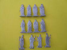 PLATS D ETAIN BRUT FIGURINES STOLL = 12 RELIGIEUX XV° SIECLE EVEQUE MOINE ......