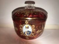 ANTIQUE HISTORICAL ROYALTY COLLECTIBLE RUBY FLASHED GLASS COVERED DISH