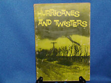 VINTAGE SCHOLASTIC HURRICANES AND TWISTERS ROBERT IRVING EYE HUNTER TORNADO