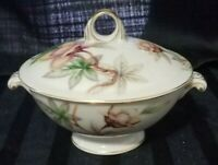 Vintage, Meito Sugar Bowl Norleans Livonia Dogwood Pattern Mint condition!