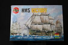 XL262 AIRFIX  maquette bateau 00267 HMS Victory 1999