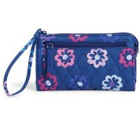 NWT Vera Bradley Front Zip Wristlet Ellie Flowers Fits iPhone 6+ Ships Same Day
