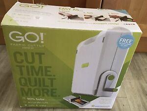 AccuQuilt Go cutting Starter Set With Hand Cranked Machine