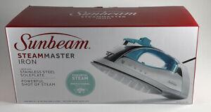 Sunbeam Steam Master Teal Iron w/ Retractable Cord GCSBP-201-R00