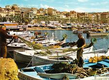 CANNES le port des pêcheurs bâteaux de pêches filets de pêche timbrée 1981