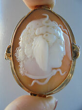 Lovely 10 ct Gold Antique Carved Shell Medusa Cameo Pin Brooch
