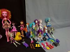 Monster High Dolls x 14 and others plus accessories