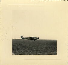 PHOTO ANCIENNE - VINTAGE SNAPSHOT - AVION MILITAIRE PARACHUTISME PARACHUTISTE 2