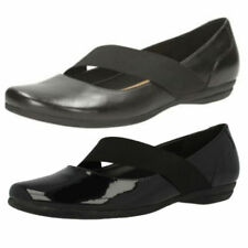 Clarks Patternless Patent Leather Mary Janes Heels for Women