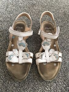 Girls Childs Clarks White Leather Spring FX  Sandals Shoes Size 3 F