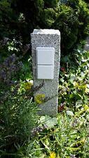 Vierfache Gartensteckdose in Granitpalisade, Außensteckdose, gestockt