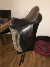 18 Inch Brown Leather Albion 5000 Dressage Saddle Medium Width On TB Tree