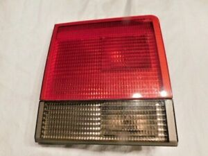 2000 2001 2002 Land Rover Range Rover HSE  P38  Driver Side Inner Taillight