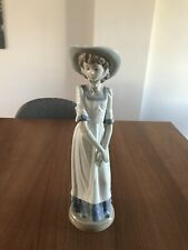 Nao Lladro DAISA  1997 Figurine Tall Lady Excellent Condition