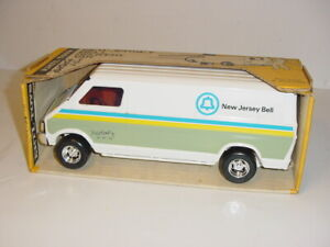 1/16 Vintage New Jersey Bell Delivery Van by ERTL NIB! Fred Ertl Collection!