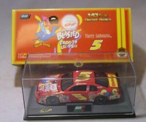 Revell NASCAR Diecast Car 1:43 Terry Labonte #5 Froot Loops 1998 Monte Carlo