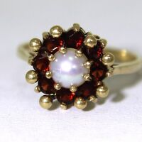 Retro Garnet Pearl 9ct Yellow Gold Cluster ring size N ~ US 6 3/4