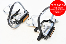 PAIR WELLGO ALLOY RACING ROAD BIKE PEDALS MEDIUM TOE CLIPS & LEATHER STRAPS 9/16