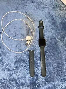 Apple Watch Series 6 (GPS + Cellular, 40mm) Gold Stainless Steel w Accessories