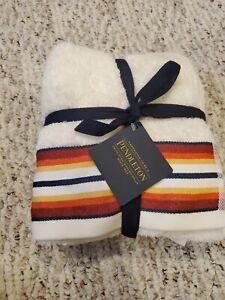 Pendleton Bathroom Towel Bath 2 handtowels  Cream Saltillo Stripe