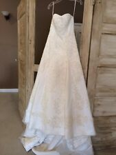 Oleg Cassini cwg394 ivory Wedding Dress, size 4, BRAND NEW