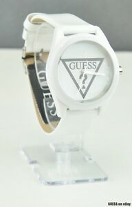 NWT Watch GUESS White Leather Ladies New W65014L1