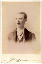 Cabinet Photo Good Looking Young Man/Teen Well Dressed Fella, Turn of Century
