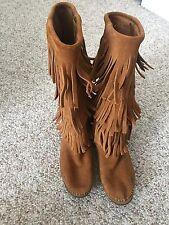 Women's Minnetonka Fringe Boots Size 6