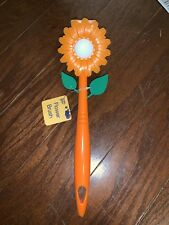 NWT Flower Cleaning Brush