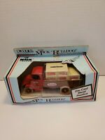 Ertl Mack 1926 Bulldog True Value Delivery Truck Crates 1:38 Scale Die Cast
