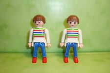 Playmobil : Lot de 2 personnages femmes jumelles playmobil / figure woman