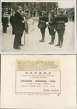 Sens, le régiment du Royal suédois Vintage silver print Tirage argentique