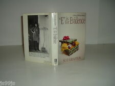 E IS FOR EVIDENCE By SUE GRAFTON (signed) 1988 First Edition