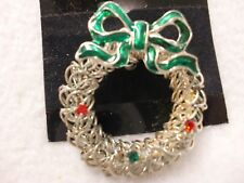 New Christmas Pin Brooch Wreath Rhinestone Accent Wire Bow Silver Green Red