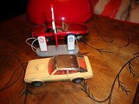 Ancienne Dinky Toys Pompe a Essence Esso Corgi Jaguar XJS Matchbox Ford Capri II