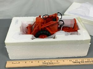 Allis Chalmers Tractomotive TractoLoader Model TL-W 1:16 Toy Resin loader NIB AC